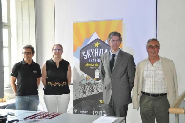 António Queiroz (Ultraspirit), Cristina Sousa (Vice-Presidente do Município de Seia), Pedro Machado (Presidente Turismo Centro Portugal) e José Cardoso (Vice-Presidente do Município de Manteigas)