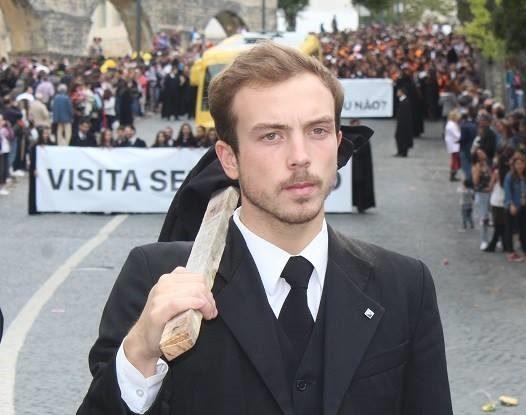 Alexandre Amado no topo do Cortejo da Festa das Latas