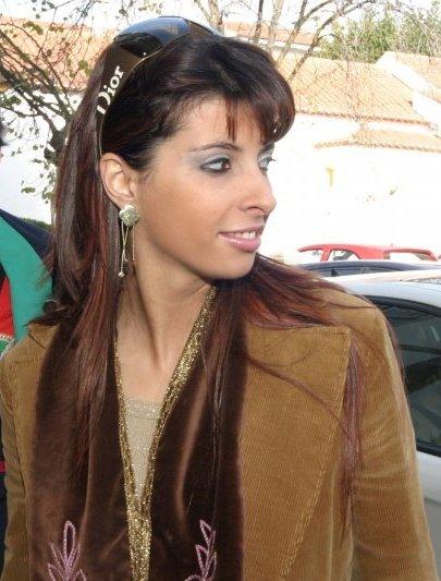 Ana Paula Sançana,  autora da publicação e  directora executiva da Lousamel