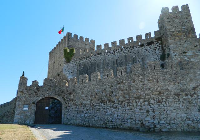 Resultado de imagem para Artistas acusam festival Forte de Montemor-o-Velho de falhas nos pagamentos