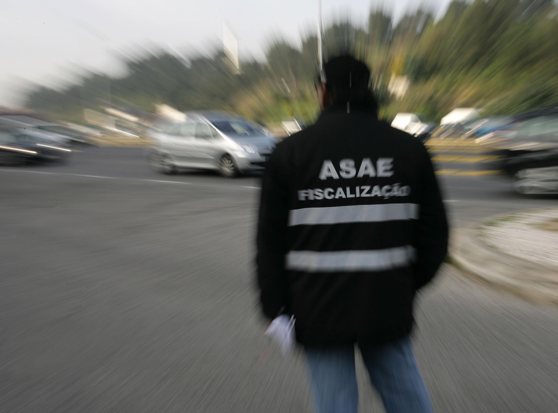 (Arquivo) Inspecção da ASAE na Ponte 25 de Abril