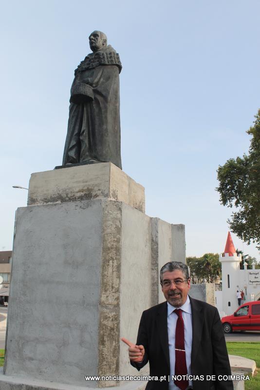 Bissaya Barreto, aqui com Manuel Machado, que colocou o fundador do Portugal dos Pequenitos no patamar que ele merecer