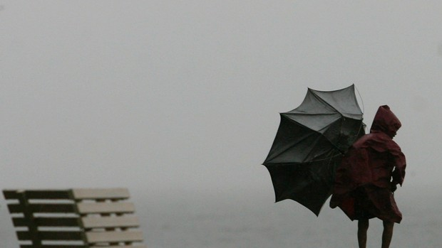 chuva_vento_mau_tempo_reuters