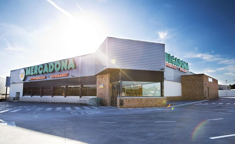 tienda de mercadona 4242 en Campos Mallorca. inauguracion de la tienda el dia 20 de Noviembre de 2014