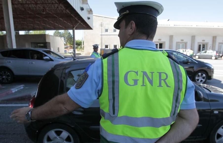 Resultado de imagem para GNR (ainda) mais atenta ao excesso de álcool nas estradas