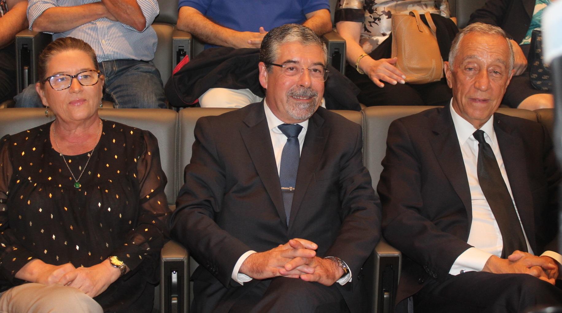 Marcelo Rebelo de Sousa assistiu ao espectáculo ao lado de Manuel Machado e Marta Brinca
