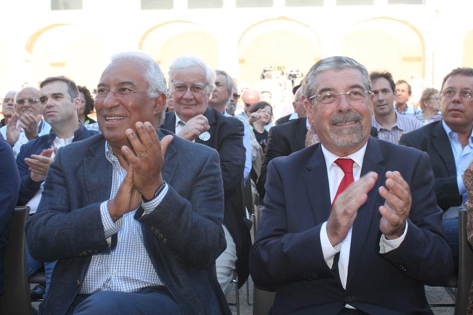 Resultado de imagem para António Costa reúne-se com líderes federativos e presidentes de câmara do PS em Coimbra