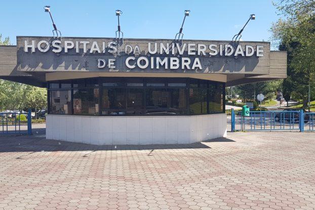 Resultado de imagem para hospital da universidade de coimbra