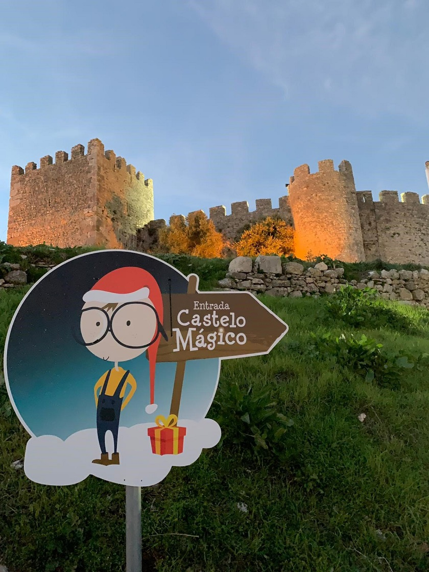 Resultado de imagem para castelo mágico montemor o velho