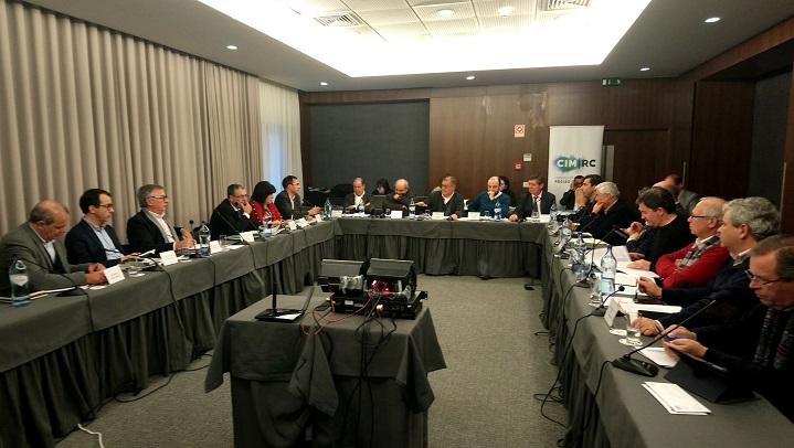 Resultado de imagem para Autarcas da Região de Coimbra debatem descentralização com o Governo